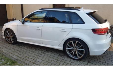 Накладки на пороги Audi A3 8V