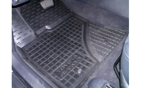 Коврики в салон Toyota Avensis