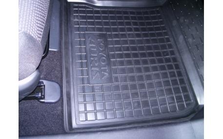 Коврики в салон Toyota Auris