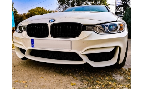 Бампер передний BMW F30
