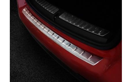 Накладка на задний бампер BMW 1 (F40)