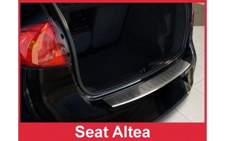 Накладка на задний бампер Seat Altea