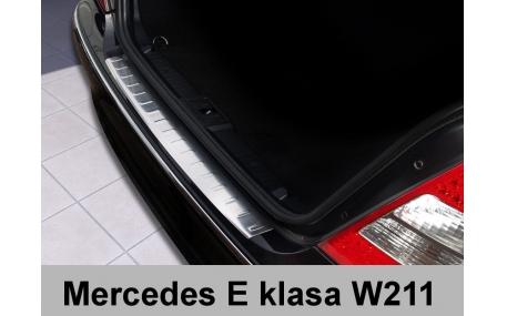 Накладка на задний бампер Mercedes E-class W211