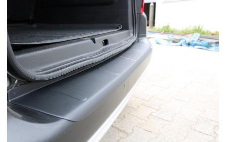 Накладка на задний бампер Opel Combo E