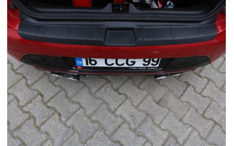 Накладка на задний бампер Renault Clio