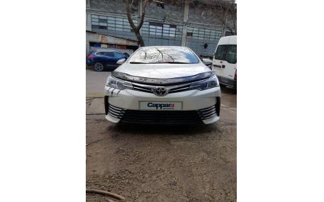 Дефлектор капота Toyota Corolla