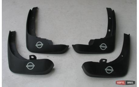 Брызговики Nissan Tiida