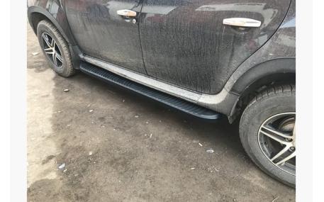 Подножки Renault Duster