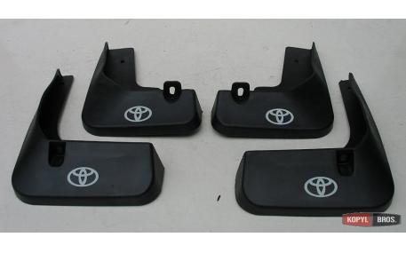 Брызговики Toyota Camry V50