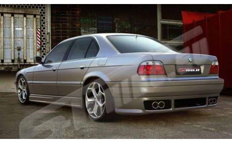 Накладка задняя BMW E38