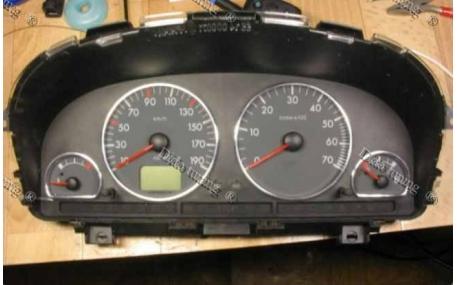 Кольца в щиток приборов Peugeot Partner