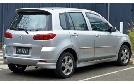 Спойлер Mazda 2