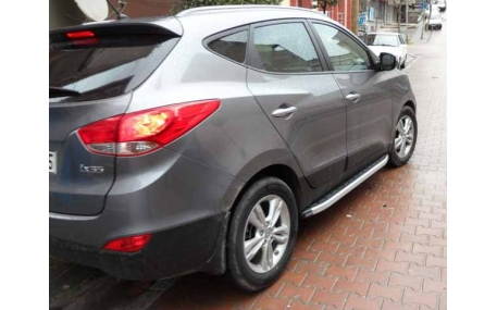 Подножки Hyundai Kona