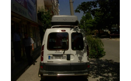 Спойлер Renault Kangoo