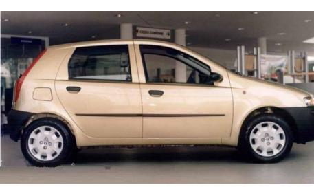 Молдинги дверей Fiat Punto