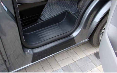 Накладка на пороги Volkswagen T5