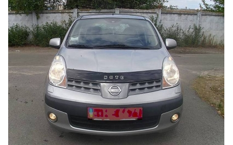 Дефлектор капота Nissan Note
