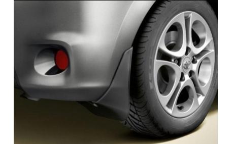 Брызговики Toyota Auris