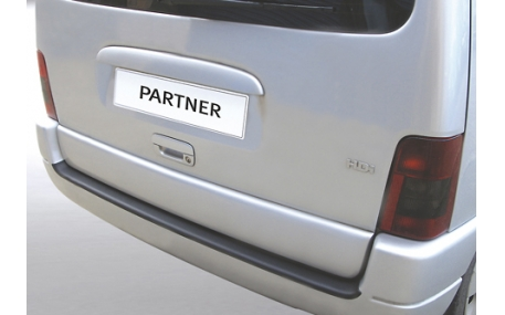 Накладка на задний бампер Peugeot Partner