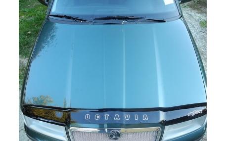 Дефлектор капота Skoda Octavia Tour