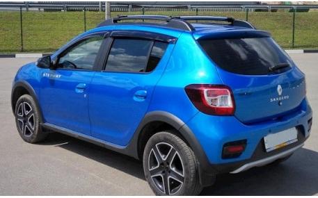 Дефлекторы окон Renault Sandero