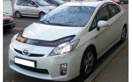 Дефлектор капота Toyota Prius