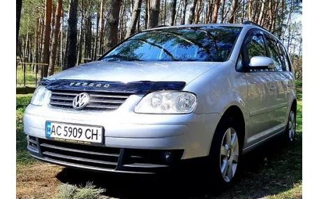 Дефлектор капота Volkswagen Touran