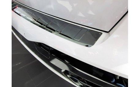 Накладка на задний бампер BMW X7 (G07)