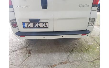 Накладка на задний бампер Renault Trafic