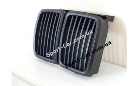 Решетка радиатора BMW E30