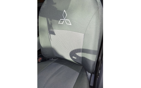 Авточехлы Mitsubishi Pajero Wagon 4