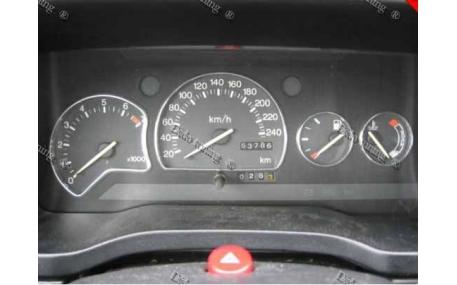 Кольца в щиток приборов Ford Escort