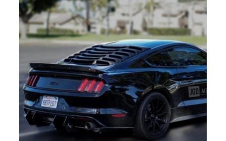 Накладка на стекло Ford Mustang