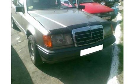 Дефлектор капота Mercedes E-class W124