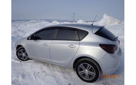 Дефлекторы окон Opel Astra J