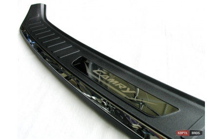 Накладка на задний бампер Toyota Camry V55